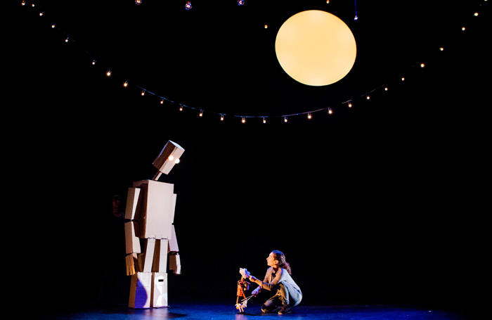 The-Iron-Man-Unicorn-Theatre.-Photo-Helen-Murray-small